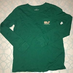 A great kids Vineyard Vines Holiday T shirt